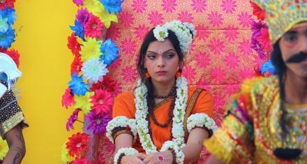 India: derogan ley contra adulterio que trataba a la mujer como objeto
