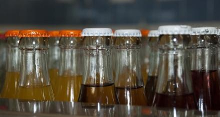 Alemania: Prohibirán el uso de azúcar en bebidas destinadas a bebés y niños