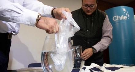En Chile fabrican bolsas plásticas hidrosolubles