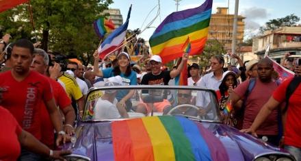Cuba: El matrimonio gay centra el debate sobre la nueva Constitución