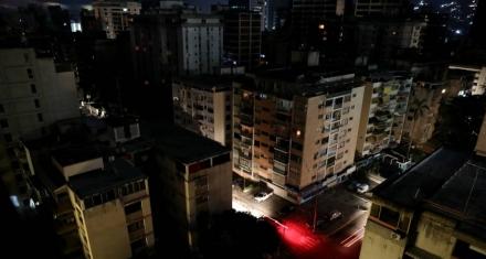 Venezuela: Nuevo colapso del sistema eléctrico deja a gran parte del país en la oscuridad