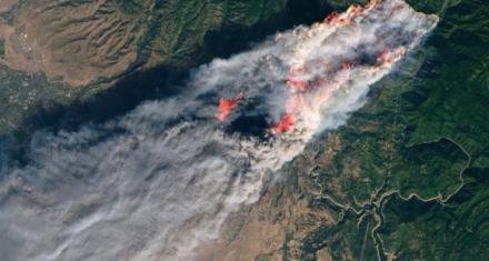 Baja la cantidad de desaparecidos por incendios en California