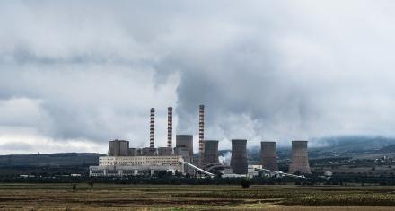 La OMS pide que se deje de subvencionar los combustibles fósiles
