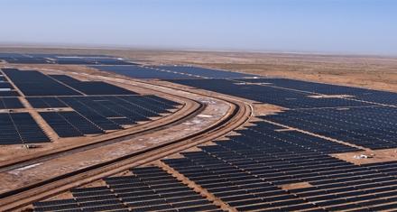 India es el primer país con un aeropuerto que se alimenta 100% de energía solar
