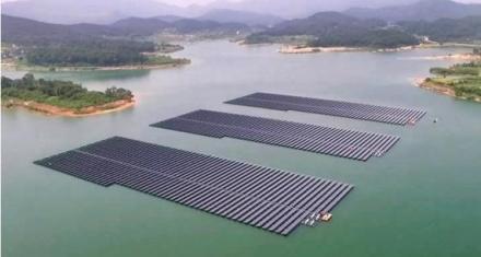 La planta flotante de energía solar más grande del mundo