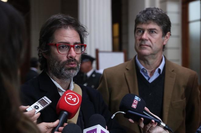 Victimas del sacerdote chileno Karadima Crédito: A. Valdés / EFE
