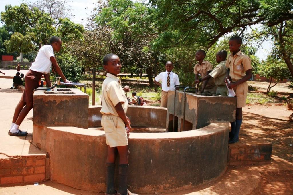 mage: Thomson Reuters Foundation/Tonderayi Mukeredzi
