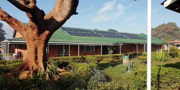 Instalaciones fotovoltaicas en Malawi. Imagen: Krannich Solar / EFEverde