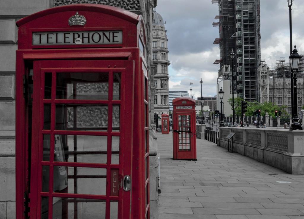 London during  the lockdown Photo by Sam Parkman on Unsplash