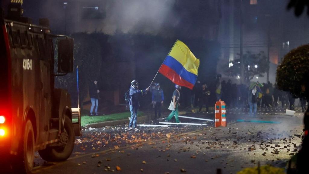 cali-fue-uno-los-epicentros-los-incidentes-las-protestas-contra-la-reforma-tributaria-del-gobierno-colombia
